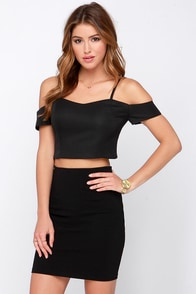 True Story Black Off-the-Shoulder Crop Top at Lulus.com!