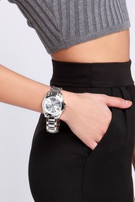 Chic O'Clock Silver Watch at Lulus.com!