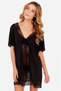 Roxy Poncho Black Lace Cover-Up at Lulus.com!