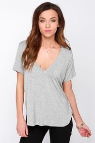 Oh V Oh My Heather Grey V Neck Tee at Lulus.com!
