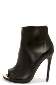 Steve Madden Dianna Black Leather Peep Toe High Heel Booties at Lulus.com!