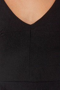 Flare Game Sleeveless Black Top at Lulus.com!