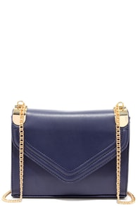 Chain of Scenery Navy Blue Purse at Lulus.com!