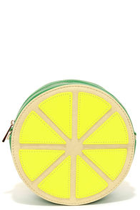 Je Suis Une Pamplemousse Yellow and Green Clutch at Lulus.com!