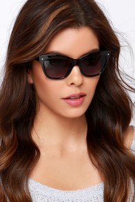 That's Hollywood Black Sunglasses at Lulus.com!