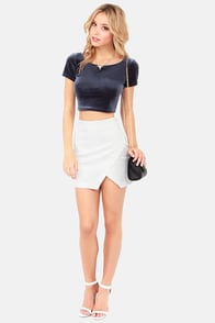 Velvet's Get Physical Grey Crop Top at Lulus.com!
