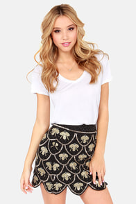 Drop a Bombshell Black Sequin Skirt at Lulus.com!