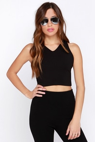 BB Dakota Claire Black Crop Top at Lulus.com!