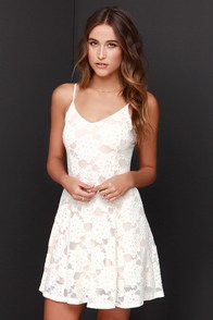 Fleur de Lace Ivory and Peach Lace Dress at Lulus.com!