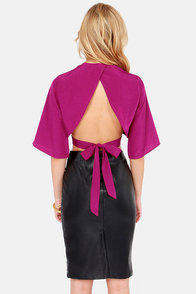 LULUS Exclusive Tie the Hot Magenta Crop Top at Lulus.com!