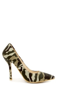 C Label Luxe 21A Olive Camo Print Pointed Pumps at Lulus.com!