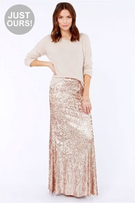 LULUS Exclusive Reign or Shine Gold Sequin Maxi Skirt at Lulus.com!