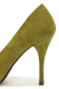 Holly 41 Military Green Pointed Pumps at Lulus.com!