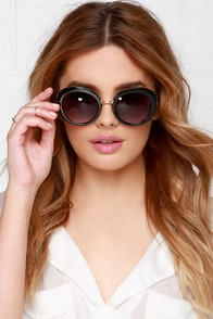 Chic-A-Boo Black Sunglasses at Lulus.com!