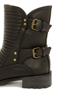 Wild Diva Lounge Timberly 94 Black Belted Motorcycle Boots at Lulus.com!