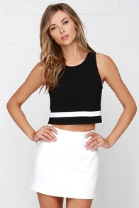 Touchdown Black Crop Top at Lulus.com!
