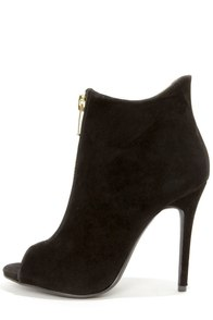 Dollhouse Strive Black Suede High Heel Booties at Lulus.com!