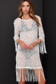 Glamorous Seaside Outing Cream Lace Cover-Up at Lulus.com!