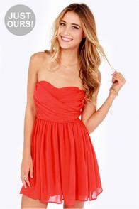 juniors sleeveless red dress « Bella Forte Glass Studio