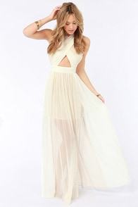 Pleat-er Patter Cream Color Block Maxi Dress at Lulus.com!