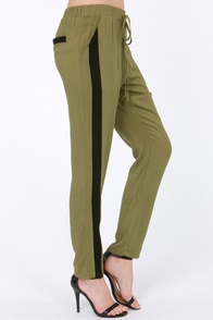 LULUS Exclusive Places to Be Black and Olive Green Pants at Lulus.com!