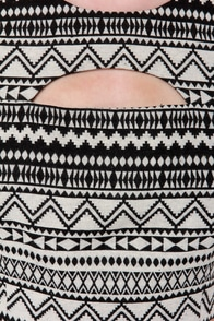 Geometric-ed You Cream and Black Print Crop Top at Lulus.com!