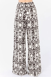 Leg Up Black and Cream Print Wide-Leg Pants at Lulus.com!