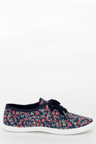Wild Diva Lounge Marsden 01 Blue Floral Canvas Lace-Up Sneakers at Lulus.com!