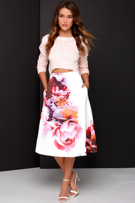 Keepsake Night After Night Ivory Floral Print Midi Skirt at Lulus.com!