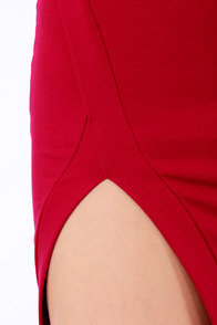 Cut a Fine Figure Red Bodycon Dress at Lulus.com!