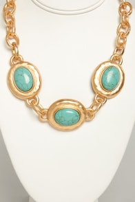 Come Around Turquoise Statement Necklace at Lulus.com!