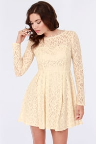 Romeo and Silhouette Cream Lace Dress
