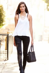 Blank NYC Skinny Classique Shredded Black Skinny Jeans at Lulus.com!