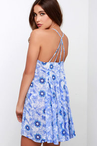 I Think I Cancun Blue Floral Print Dress at Lulus.com!