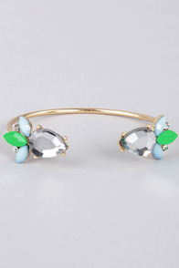 Treat Your Heart Out Green Rhinestone Bracelet at Lulus.com!