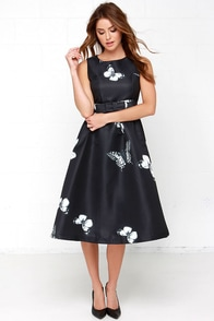 Butterfly by Night Black Print Midi Dress at Lulus.com!