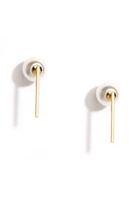 All A-Round You Gold Pearl Peekaboo Earrings at Lulus.com!