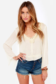 Bohemian Dreams Ivory Lace Top