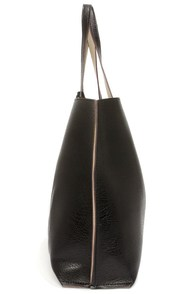 Switch it Up Reversible Black Tote at Lulus.com!
