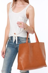 Switch it Up Reversible Tan Tote at Lulus.com!