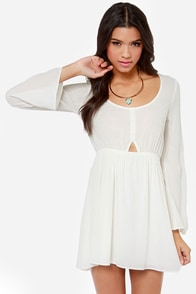 In the Know Cutout Ivory Dress at Lulus.com!