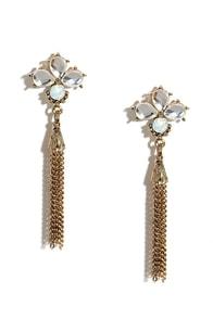 Flapper Dapper Gold Rhinestone Earrings at Lulus.com!