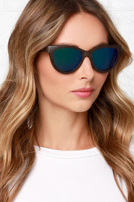 Woodzee Mishka Black Walnut Wood Sunglasses at Lulus.com!