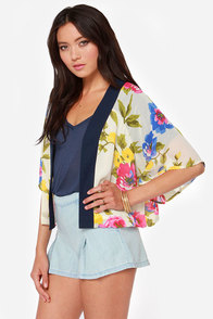 Bouquet by Me Cream Floral Print Kimono Top at Lulus.com!