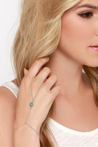 Lasso Wrangler Silver and Turquoise Harness Bracelet at Lulus.com!