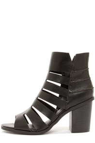 Heart Soul Ibis Black Cutout Peep Toe Booties at Lulus.com!