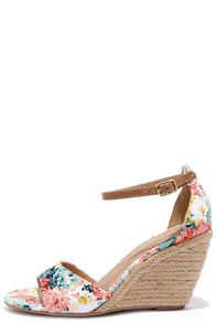 Charm School Floral Peach Espadrille Wedge Sandals at Lulus.com!