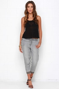 Tractr Tiny Triumphs Grey Jogger Pants at Lulus.com!