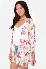 O'Neill Candice Ivory Floral Print Kimono Top at Lulus.com!