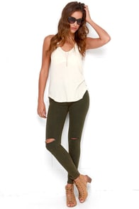 Pleasant Pine Washed Dark Green Distressed Skinny Jeans at Lulus.com!